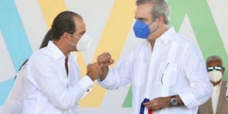 Frank Elías Rainieri y presidente Luis Abinader