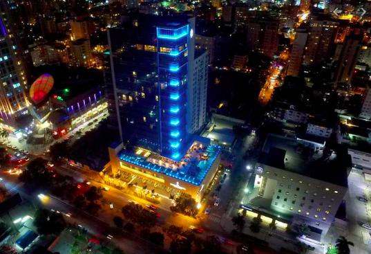 Hoteles abiertos en Santo Domingo