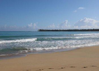 Playa Costa Esmeralda, Miches